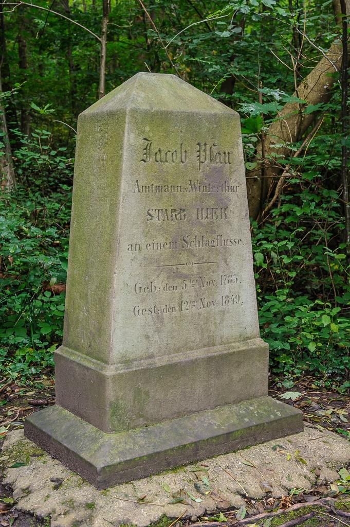 Gedenkstein für Amtmann Jacob Pfau im Lindbergwald